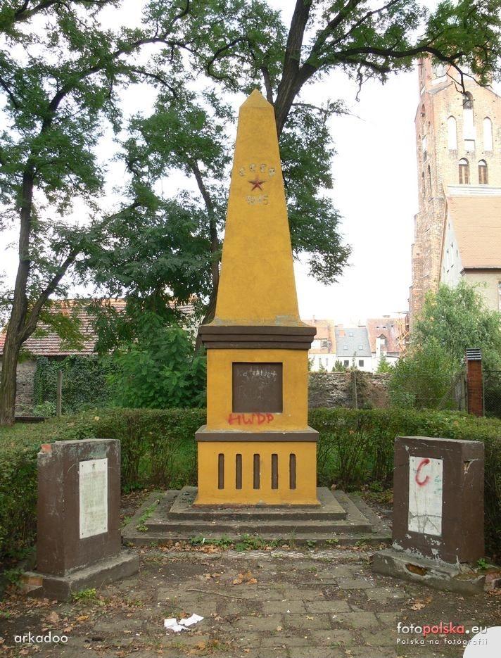 Pomnik Armii Czerwonej w Ścinawie